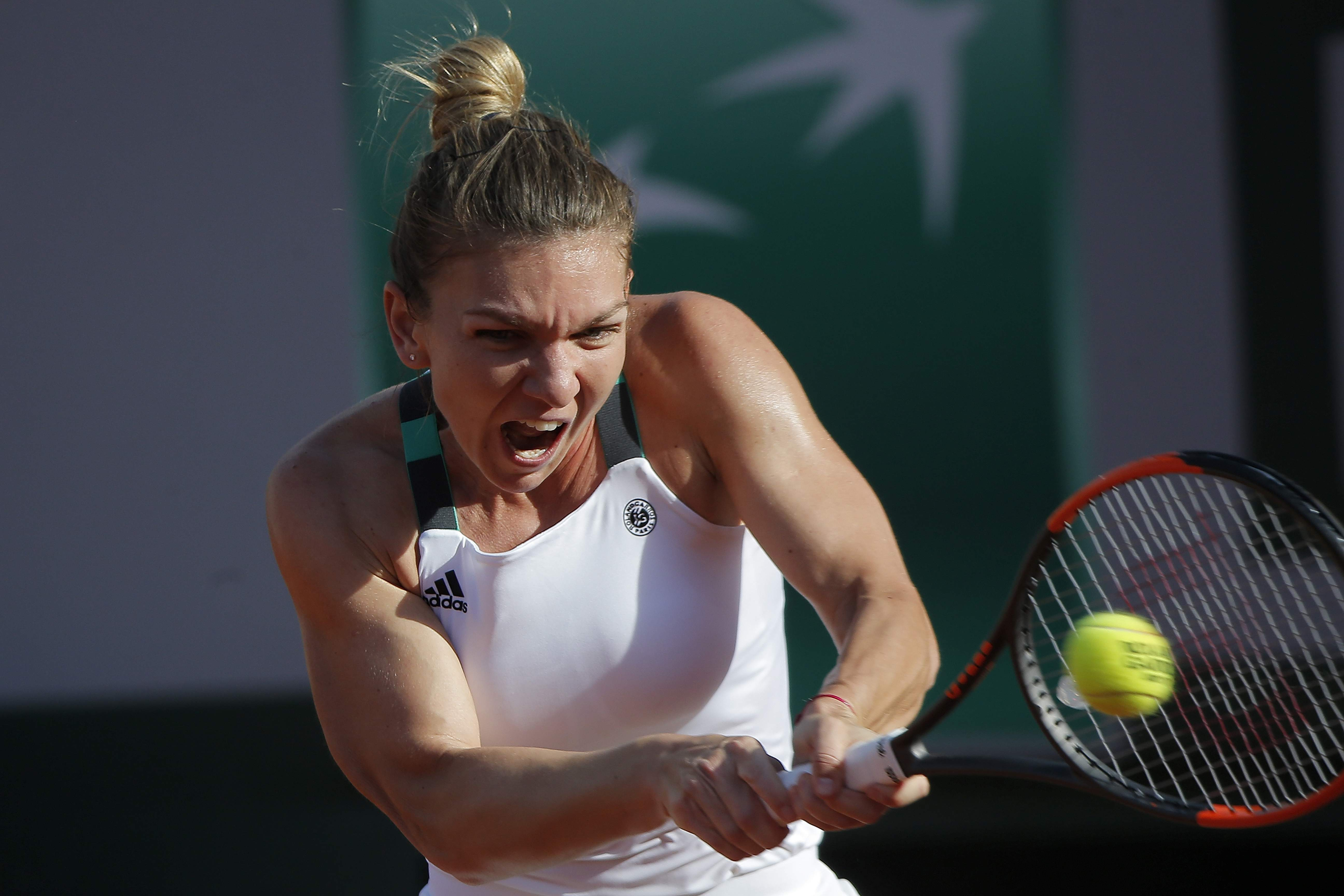 Simon Halep just a touch away from being the world number one tennis player