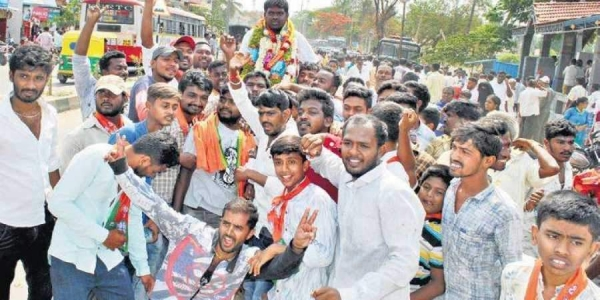 Students protest in Khammam(Photo | EPS)
